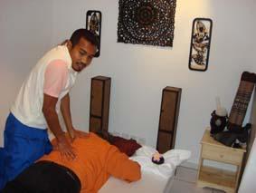 mogna kvinnor sawasdee thai massage