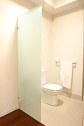 กระจกห้องน้ำ กระจกฝ้า