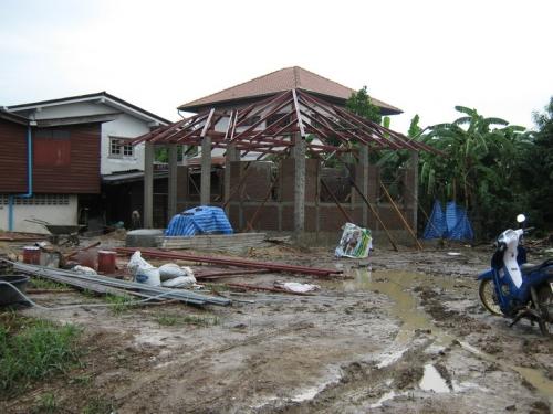 เหล็กหลังคาสร้างบ้าน