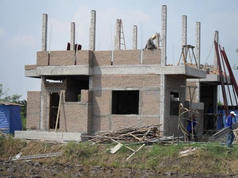 ก่ออิฐมาญสร้างบ้าน