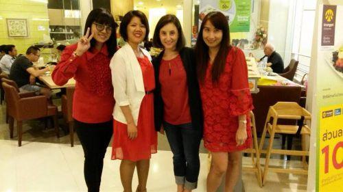 Friendly Thai teachers at Smile Language School