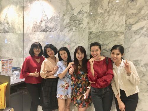 Friendly Thai teachers at Thai Smile Languages school