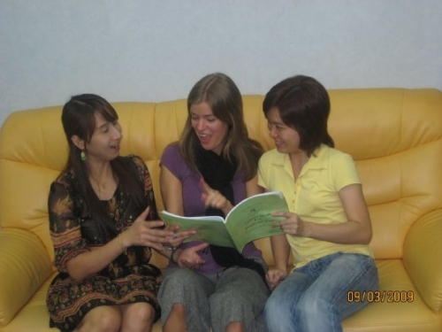 Thai friendly teachers at Thai Smile Language School ( Thai language school)