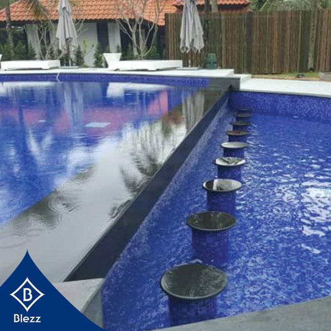 ผลงานกระเบื้องสระว่ายน้ำ Akyra Phang Nga Resort