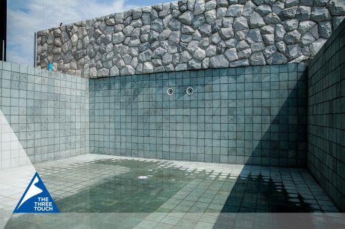 หินปูสระว่ายน้ำ Sukabumi