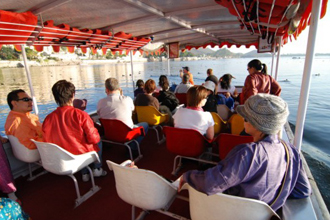 ล่องเรือเที่ยวทะเลสาบพิโครา - Udaipur