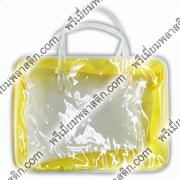 กระเป๋าพลาสติกใสทรงสี่เหลี่ยมข้างเลเซอร์เหลืองกุ๊นพลาสติกใส