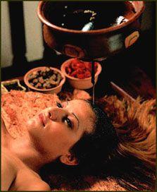"""อโรมาเทอราปี-สุคนธบำบัด (Aromatherapy)"""" คืออะไร?"""