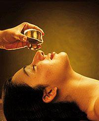 Ayurvedic Massage  หรือการนวดแบบอินเดียโบราณ