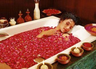 อโรมาเทอราปีเพื่อความงาม สูตรน้ำมันหอมระเหยเพื่อการอาบน้ำ