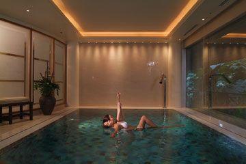 เอส เมดิคัส สปา กรุงเทพฯ S Medical Spa, Bangkok - โปรมแกรมสปาเพื่อความผ่อนคลาย Aqua Therapeutic Pool