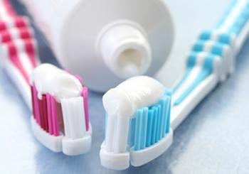 สูตร-วิธีการทำผลิตภัณฑ์:- ยาสีฟัน สูตรสมุนไพรโบราณ จากชาววัง