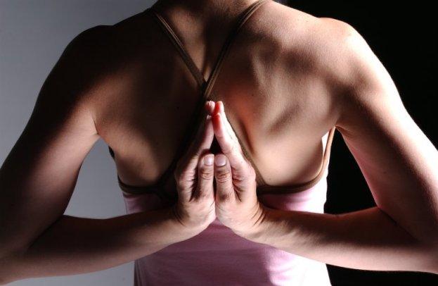 คำแนะนำในการฝึกโยคะ (Yoga) และ 10 ข้อควรระวังในการฝึกโยคะ