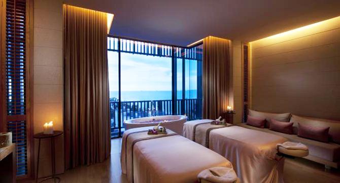 ข่าวประชาสัมพันธ์สปา: เอโฟเรีย สปา (Eforea Spa) โรงแรมฮิลตัน พัทยา (Hilton Hotel Pattaya) เปิดตัวแพ็คเกจนวดผ่อนคลายศีรษะด้วยน้ำมันมะพร้าว