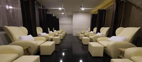 ประกาศรับสมัครพนักงานนวดสปา: Nimman Massage & Spa นิมมาน มาสสาจ แอนด์ สปา (สีลม กรุงเทพฯ)