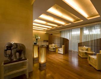 โปรโมชั่นส่วนลดพิเศษ:- ทรีทเม้นสไตล์ไทย ฟรี! นวดผ่อนคลายต้นคอและแผ่นหลัง ณ สปา โบกานิก้า (Spa Botanica) โรงแรมสุโขทัย กรุงเทพฯ (The Sukhothai Bangkok Hotel)
