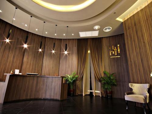 ประกาศรับสมัครพนักงานนวดสปา: The High Spa เดอะไฮ สปา (เซ็นทรัลพระราม 9 กรุงเทพฯ)