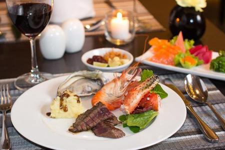 ข่าวโปรโมชั่นส่วนลดพิเศษ:- หนาวนี้อิ่มคุ้มมื้อค่ำ ณ ห้องอาหารนานาชาติวัน รัชดา (One Ratchada World Restaurant) โรงแรมแกรนด์ เมอร์เคียว กรุงเทพ ฟอร์จูน (Grand Mercure Fortune Bangkok)