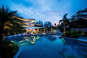 โปรโมชั่นส่วนลดพิเศษ:- อินบาลานซ์สปา สปาสุดหรูบนเกาะภูเก็ต โรงแรมโนโวเทล ภูเก็ต กะรน บีช รีสอร์ท แอนด์ สปา (Novotel Phuket Karon Beach Resort & Spa)