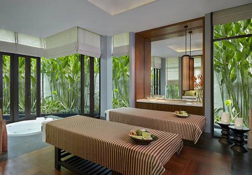 ประกาศรับสมัครพนักงานนวดสปาโรงแรม: Rayong Marriott Resort and Spa โรงแรมระยอง แมริออท รีสอร์ท แอนด์ สปา (จ.ระยอง)