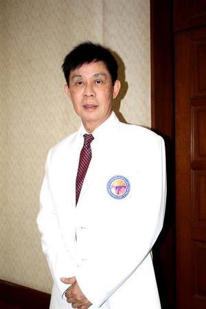 บทความสาระน่ารู้:-สมาคมแพทย์ผิวหนังแห่งประเทศไทย เตือนคนไทย ให้เลือกผลิตภัณฑ์ทำความสะอาดผิวหน้าอย่างเหมาะสม