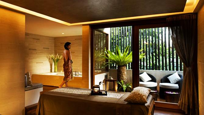 ข่าวประชาสัมพันธ์สปา: ผ่อนคลายความเมื่อยล้าของลำคอและไหล่ด้วยพาราฟิน ณ สปา โบทานิก้า (Spa Botanica) โรงแรมสุโขทัย กรุงเทพฯ (The Sukhothai Bangkok Hotel)